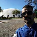 A famosa Oca do Ibirapuera que fica em frente ao museu.
