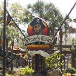 Photo de Pirate's Cove Adventure Golf