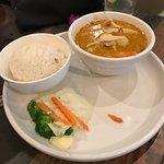Valokuva: Chalit's Thai Bistro