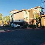 Holiday Inn Express & Suites Phoenix Tempe University