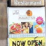 Foto van Mauritius Karlsruhe Bahnhofplatz