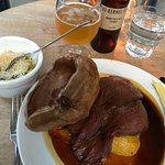 Roasted Hereford Sirloin with a Yorkshire pudding, roast potatoes, creamed leeks & vegetable