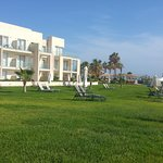 peacefull hotel grounds
