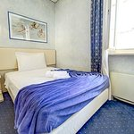 camera singola francese Hotel Aretino prenota tariffa scontata al tel 0575294003