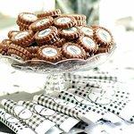 QUEM também ama personalizar seus doces e mimos? 😍🙋🏻♂️ Faça já sua encomenda!