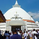Stupa du temple bouddhiste Kelaniya Raja Maha Vihara - Colombo