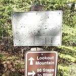 excellent trail maps