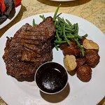 Foto de Fleet Landing Restaurant