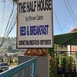 The Half House by Elmar Cabin照片