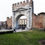Arco d'Augusto Foto