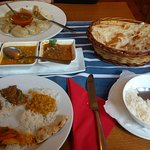 Vegetarische Momo, Dal Bhat Khasi