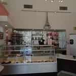 Photo de Peninsula Pastries Palm Springs
