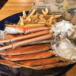 Perfect crab legs and the fries were yum!