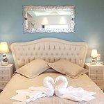 The Grand Suite Bed