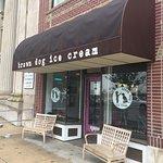 Foto van Brown Dog Ice Cream