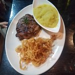 Tribes African Grill & Steakhouseの写真