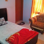 Luxury Single Bed With Air conditioning and Power Backup.