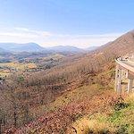Powell Valley Overlook