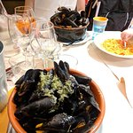Muscheln mit Weißweinsauce, Knoblauch und Petersilie - ein Traum