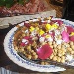 salade de pois chiche aux fleurs