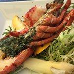 Half lobster garni detail