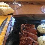 Tataki de atún lleno de hilillos imposible de comer