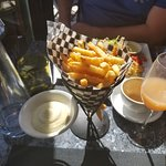 Tuffle Frites (Seriously the BEST)