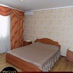 Уютный и чистый отель, 9 номеров, бесплатная охраняемая парковка, бесплатный WI-FI