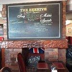 Фотография The Beehive Inn