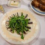 Entrée de mini sardines et pain grillé