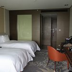 Two queen size beds. Beds & pillows were very comfortable