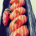 salmón salvatge amb tobiko