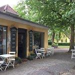Skøn lille oase i den charmerende gamle del af Lyngby.