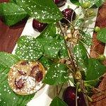 cerises sur branche, tartelettes cerise