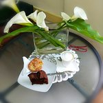 ENJOYING GOFFEE IN CAFE CARETTA2