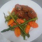Boulettes de Veau-pôélée de légumes printaniers, menu de Mai