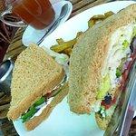 Veggie sandwich...with avacado!!