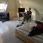 4-Bett-Zimmer. Sehr geräumig.