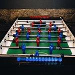 Кикер - очень весёлая и увлекательная игра. Подходит для больших компаний!