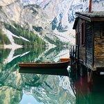 Lago di Braies ภาพถ่าย