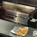 Five Guys Burgers and Frids-bild