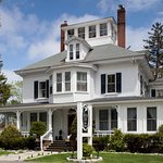 The sun is out and summer is here!  The historic Maine Stay Inn and Cottages is ready to welcome