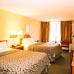 Room - Two Queen Beds