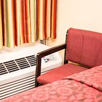 Rooms: A/C and Heat