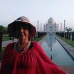 Taj Mahal with Taj Golden Tours -an opportunity to change your life