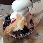 cherry pie sundae