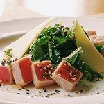 Салат с тунцом из меню ресторана Дача