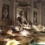 特莱维喷泉(许愿池)照片