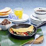 ¡NUEVOS Good Morning Combos! Omelette del Huerto 😋por ¢3.900. Incluye jugo de naranja y café. ?