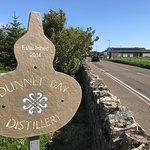 Dunnet Bay Distillery ภาพถ่าย